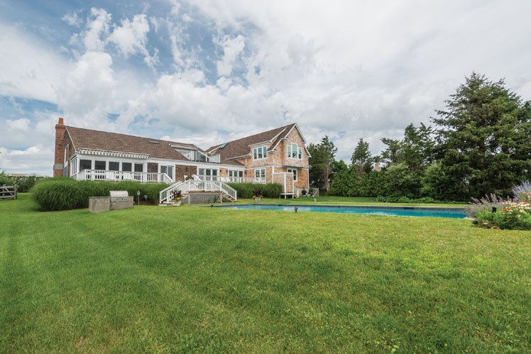 Additional photo for property listing at South Of The Highway Serenity  Bridgehampton, Nueva York