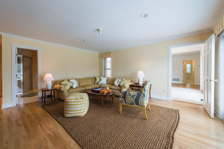 Additional photo for property listing at South Of The Highway Serenity  Bridgehampton, New York