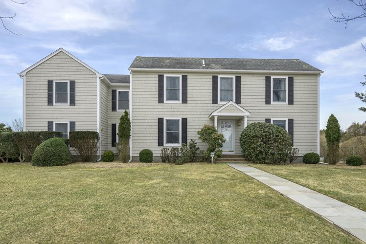 Casa Unifamiliar por un Alquiler en Great Southampton Village Location Southampton, Nueva York