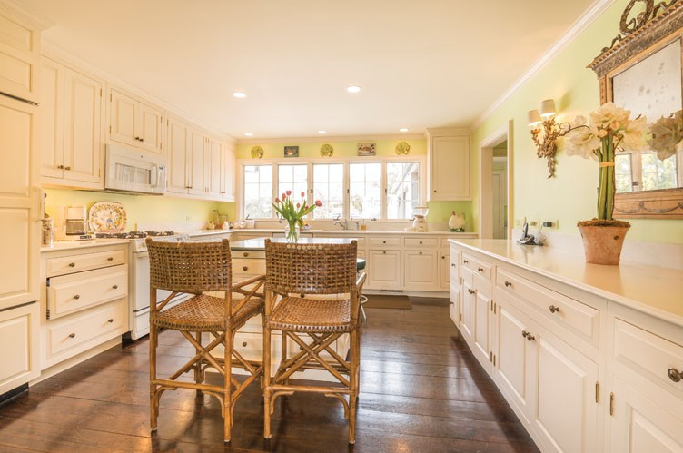 Additional photo for property listing at Paradise By The Sea  East Hampton, New York
