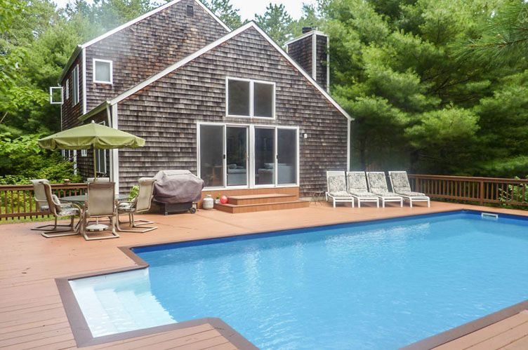 Additional photo for property listing at East Hampton Private Post Modern With Pool And Tennis  East Hampton, New York