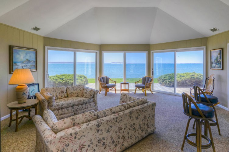 Additional photo for property listing at Shelter Island Soundfront Bliss  Shelter Island, Nueva York