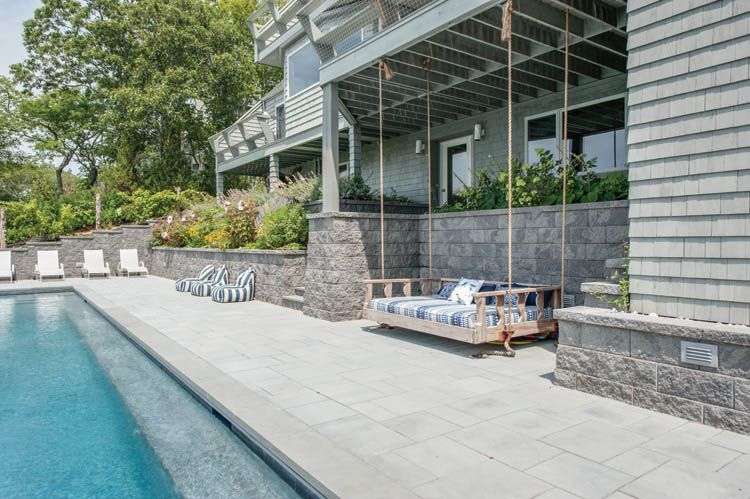 Additional photo for property listing at Shelter Island Heights Spacious Water View With Pool  Shelter Island Heights, 纽约州