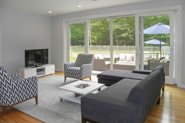 Additional photo for property listing at Pristine, Peaceful And Close To Bay Access  Southampton, New York