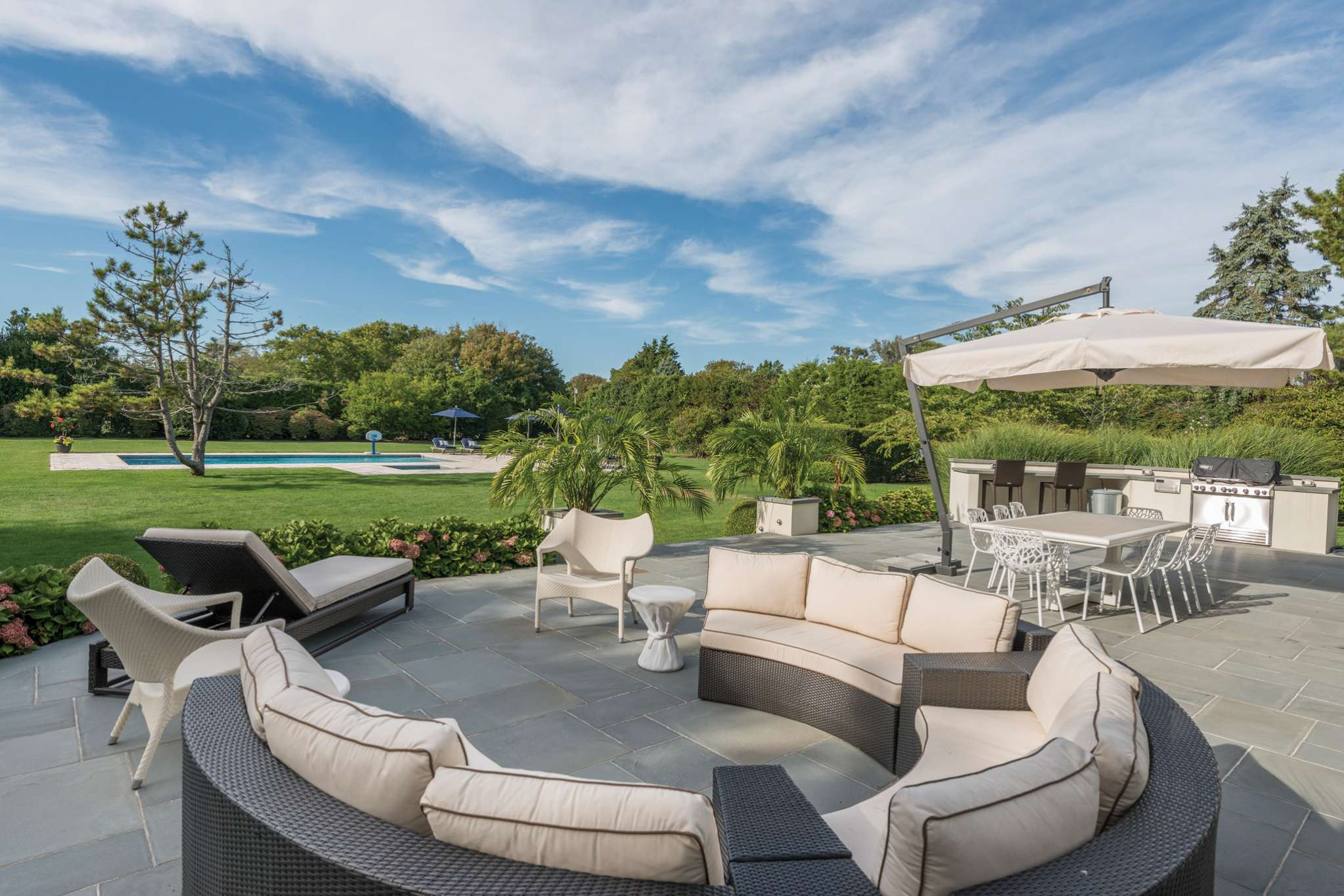 Additional photo for property listing at Bridgehampton Two Blocks From The Beach 160 Meadowlark Lane,  Bridgehampton, Nueva York