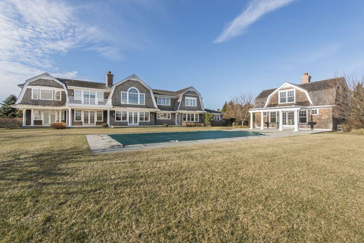Additional photo for property listing at South Of The Highway Rental  Water Mill, New York