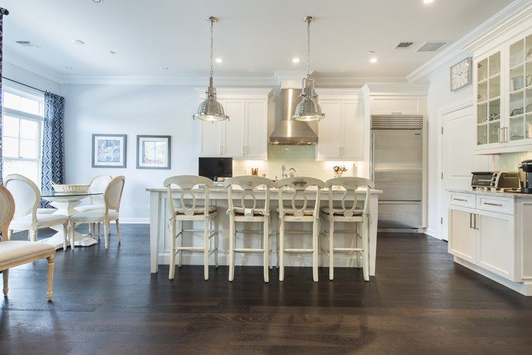 Additional photo for property listing at Brand New Southampton Condo With Everything!!  Southampton, Nueva York