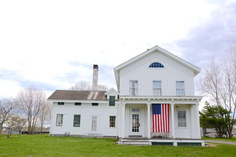 Casa Unifamiliar por un Alquiler en Bridgehampton Farmhouse Bridgehampton, Nueva York