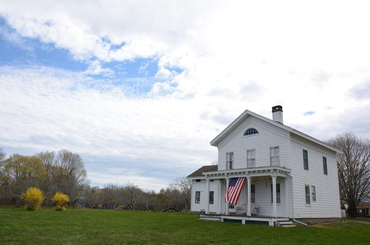 Additional photo for property listing at Bridgehampton Farmhouse  Bridgehampton, Nueva York