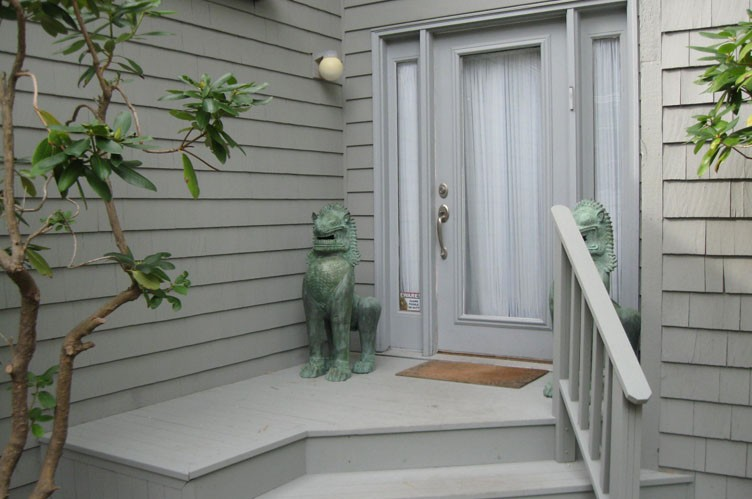 Additional photo for property listing at Have It All!  East Hampton, New York