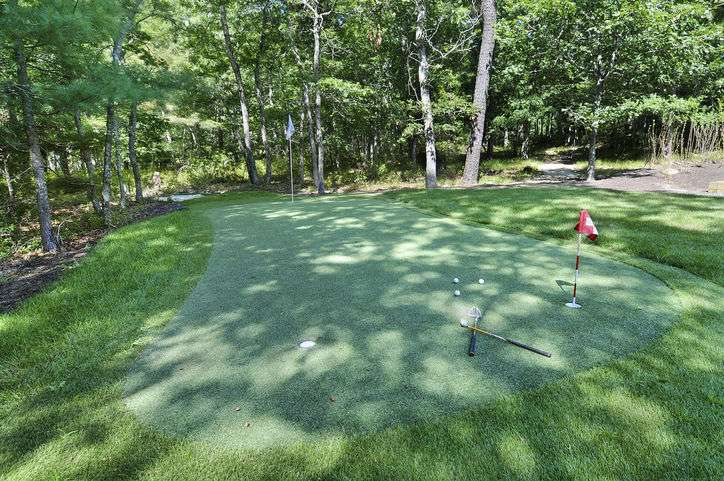 Additional photo for property listing at Summer Fun With Golf, Tennis, Pool, Basketball, Bocce And More!  Wainscott, New York