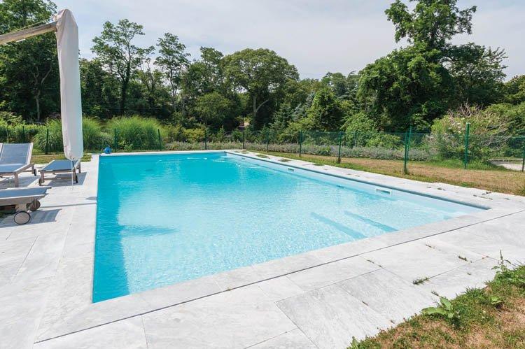 Casa Unifamiliar por un Alquiler en Shelter Island With Pool Near Beach Shelter Island, Nueva York