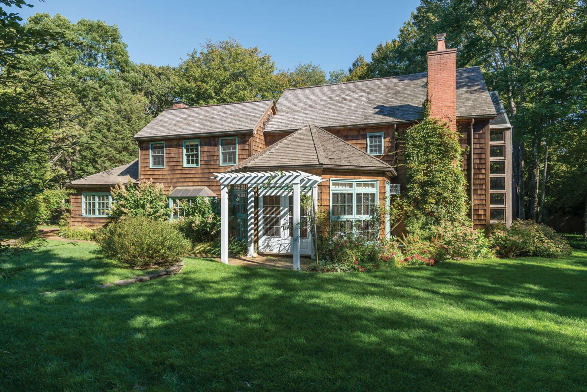 Single Family Home for Sale at Extraordinary Value & Potential 20 Red Dirt Road, East Hampton, New York