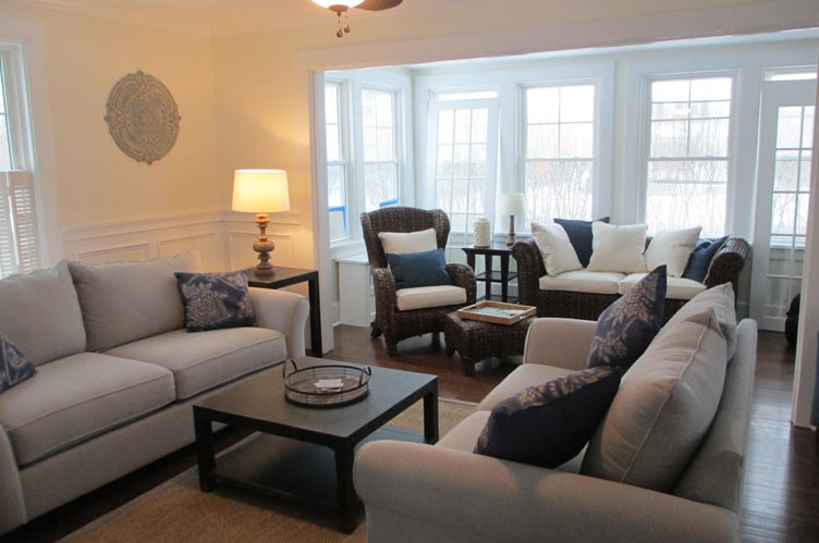 Additional photo for property listing at Hampton Village Summer  Southampton, New York