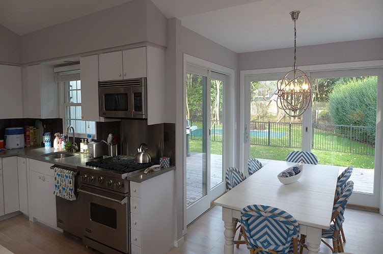 Additional photo for property listing at In Southampton Village  Southampton, Nueva York