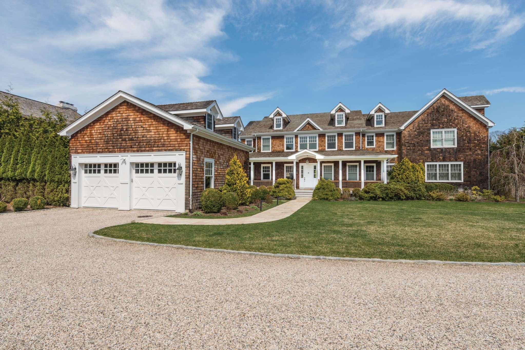 Casa Unifamiliar por un Alquiler en Bridgehampton Luxury Rental 365 Lumber Lane, Bridgehampton, Nueva York