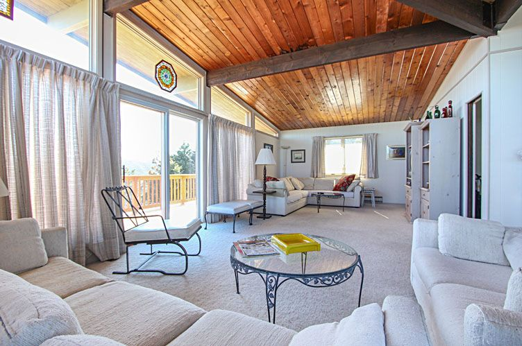Additional photo for property listing at Easy Beach House  Amagansett, New York