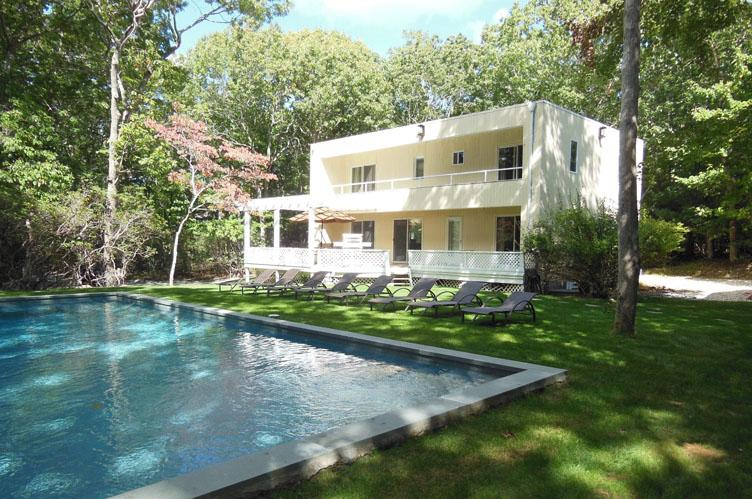 Additional photo for property listing at Renovated Rental Close To Sag Harbor And Bridgehampton  萨格港, 纽约州