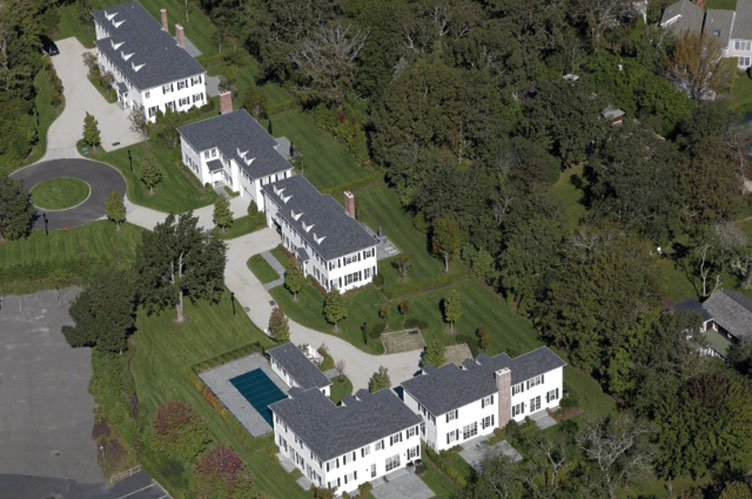 Additional photo for property listing at The Polo Club  Southampton, New York