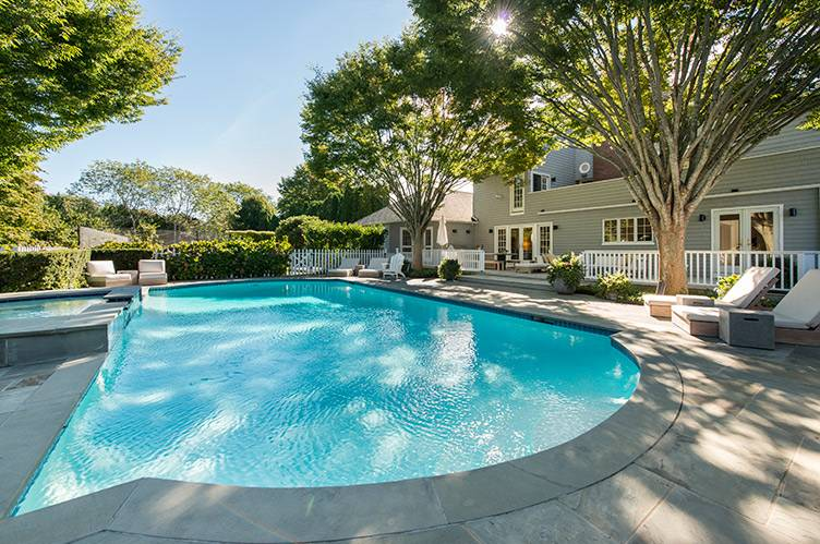 Additional photo for property listing at Estate Section Reno Just Completed 2 Acres Tennis And Pool  Southampton, New York