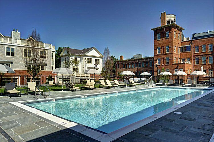 Additional photo for property listing at Sag Harbor Village Watchcase  萨格港, 纽约州