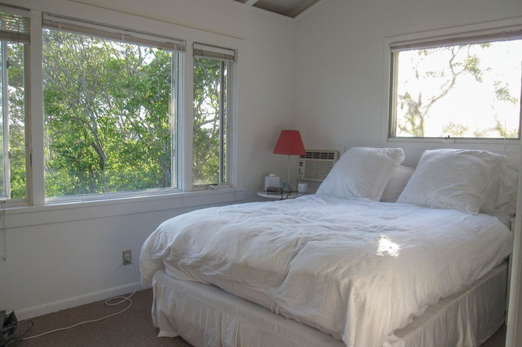 Additional photo for property listing at Waterfront Cottage In Montauk  蒙托克, 纽约州