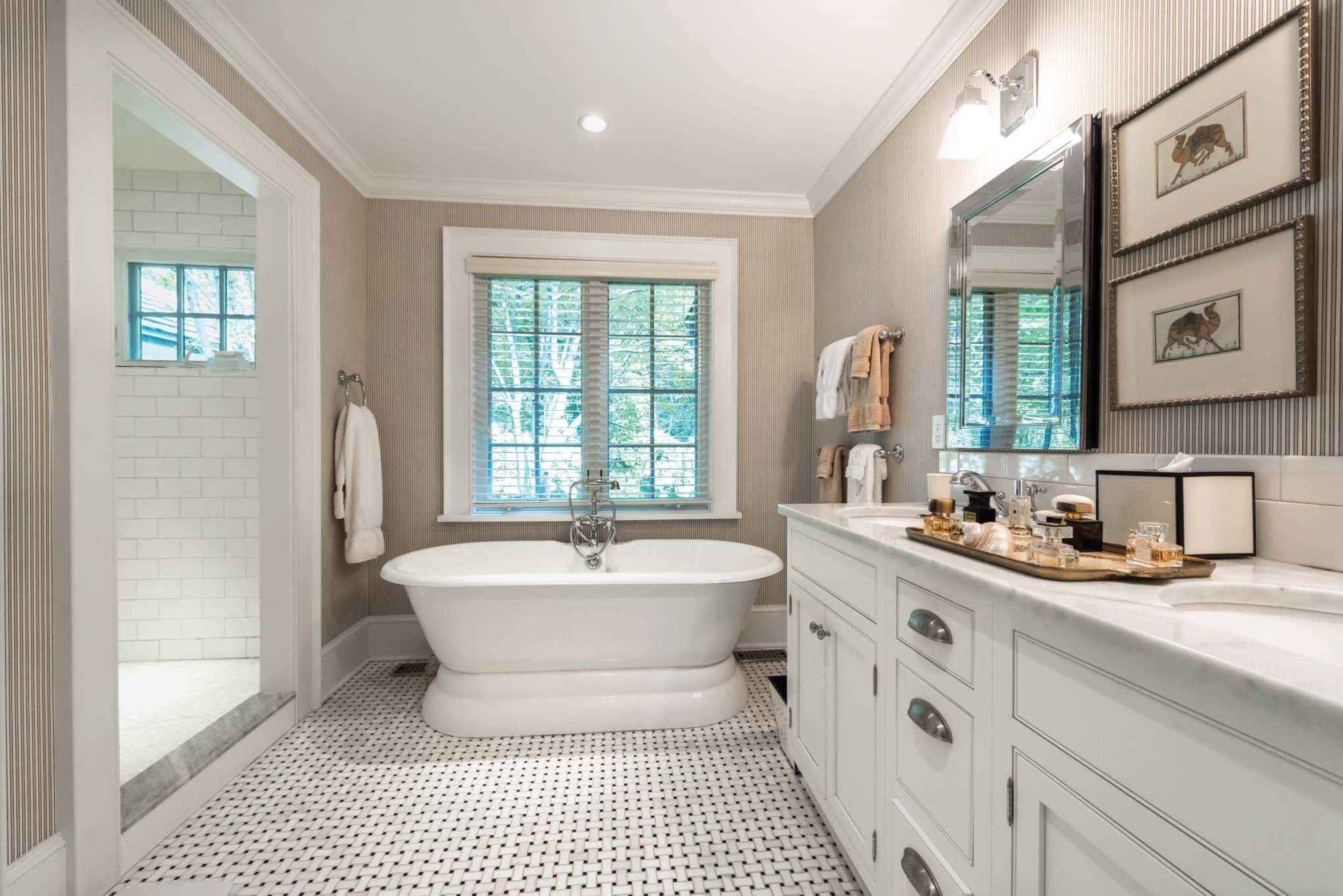 Additional photo for property listing at Immaculate Village Traditional 175 Church Lane,  Bridgehampton, Nueva York