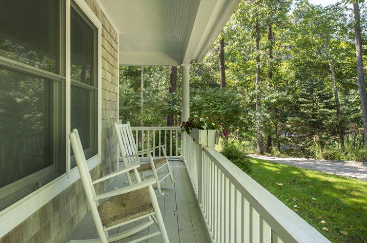 Additional photo for property listing at Chic, Modern East Hampton, Near Northwest Rental  东汉普顿, 纽约州
