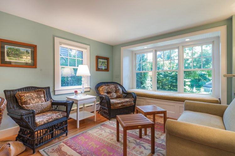 Additional photo for property listing at Charming East Hampton Traditional  East Hampton, Nueva York