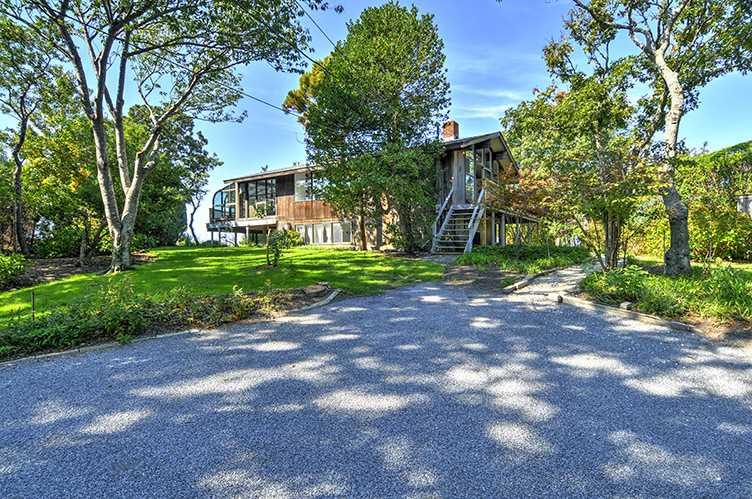 Additional photo for property listing at East Hampton Beach House  East Hampton, Nueva York